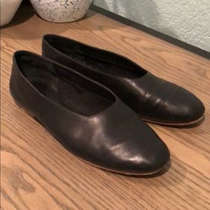 Vince Maxwell black leather flats Sz 7.5